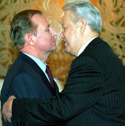 http://www.gordon.com.ua/images/doc/11-kuch1kiss-60afb.jpg